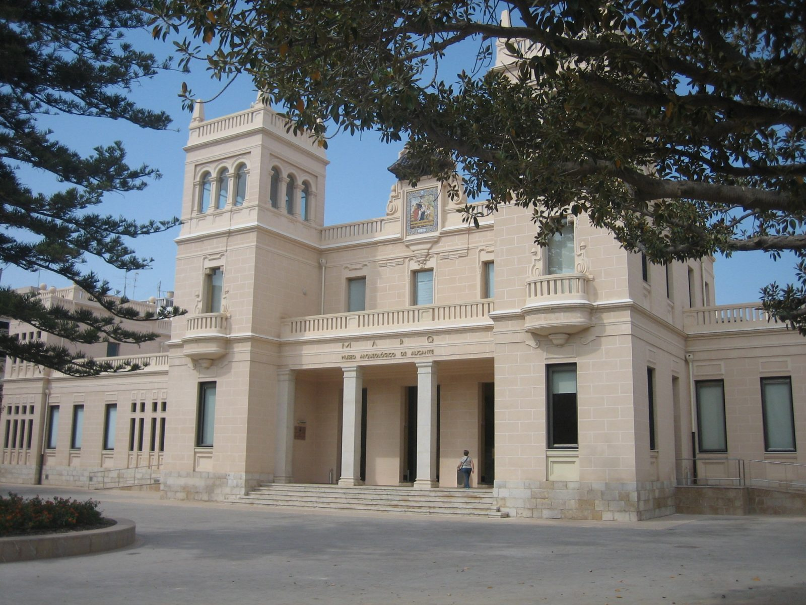 spain-realty.com: Archaeological Museum Alicante